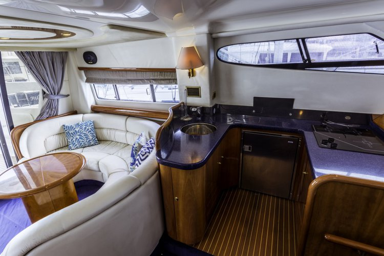 This 51.0' Cranchi Atlantique cand take up to 7 passengers around Road Town