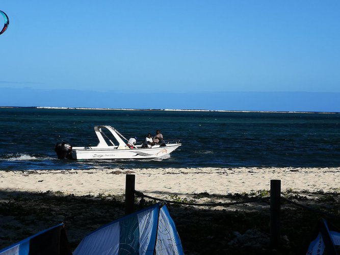 Relax on board our motorboat rental in Mauritius