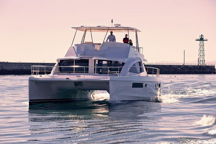 Discover Road Town surroundings on this 51PC Leopard boat