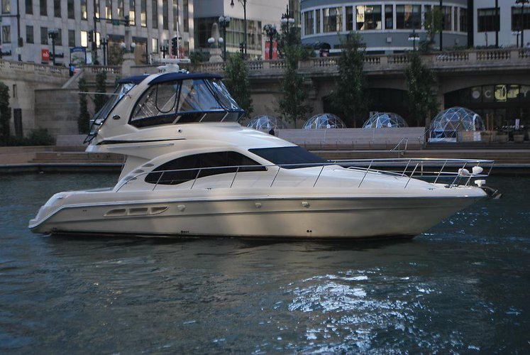 Cruiser boat rental in Burnham Harbour, IL