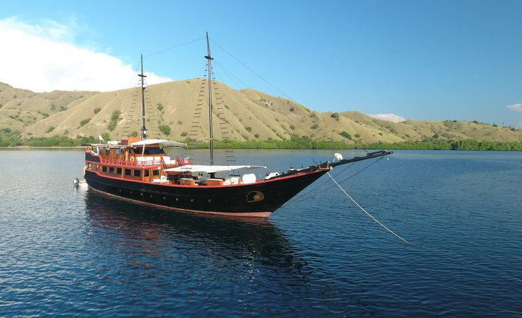 Charter this amazing sail boat in Indonesia
