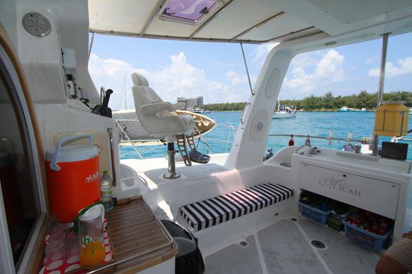 Boat for rent Custom 50.0 feet in Thulusdhoo,