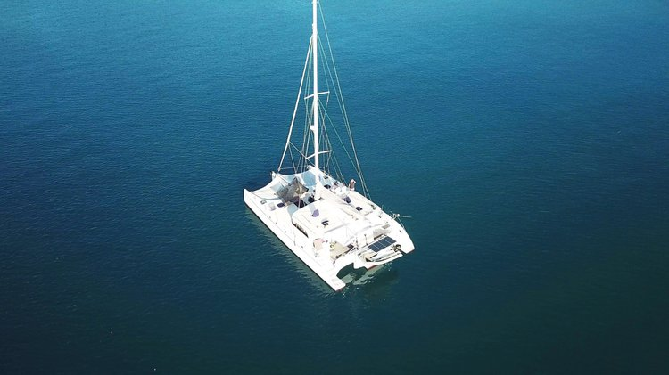 Up to 15 persons can enjoy a ride on this Trimaran boat