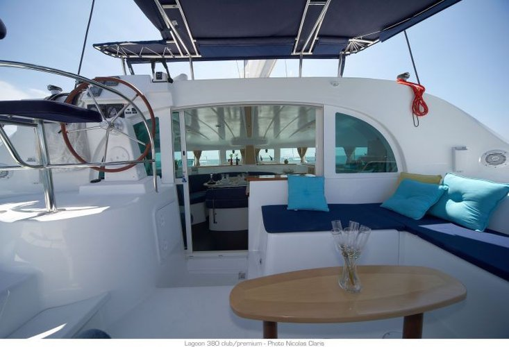 Discover Phuket surroundings on this 380 Lagoon boat