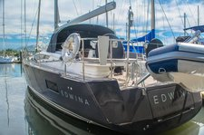 Beautiful sailing yacht for charter in Mexico, ideal for fun in the sun