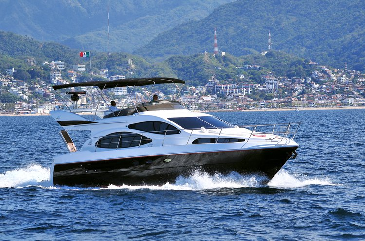 Azimut boat for rent in Nayarit