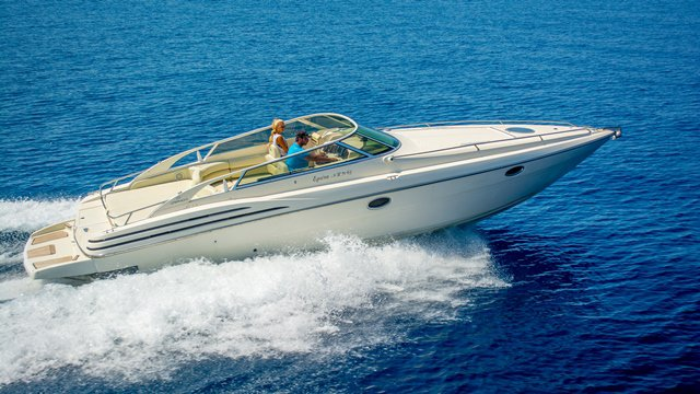 Discover Zakynthos surroundings on this 35 CRANCHI boat