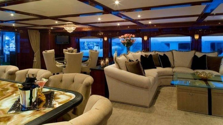 Mega yacht boat for rent in