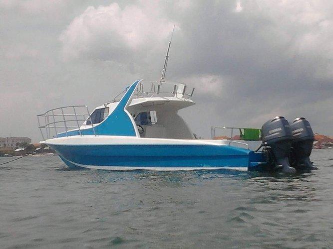 Custom's 111.0 feet in Bali