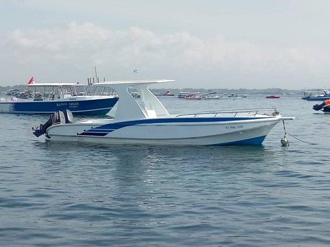 Enjoy luxury and comfort on this Bali motor boat rental