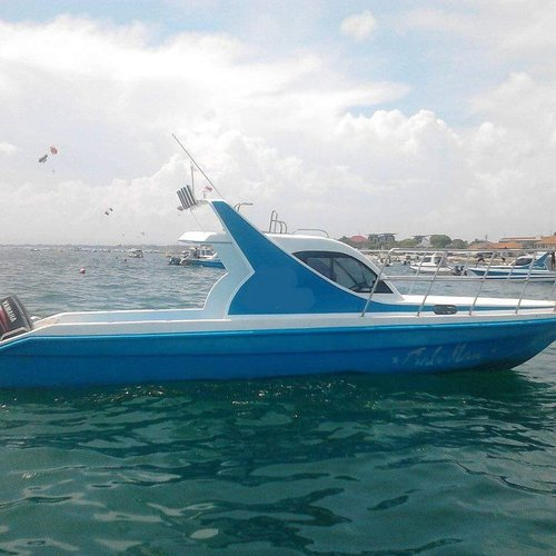 Have fun in the sun on this Bali motor boat charter