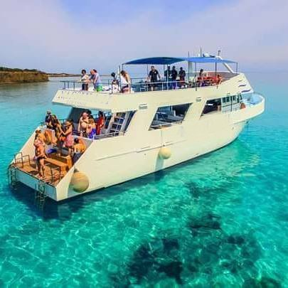 Boating is fun with a Motor yacht in Poli Crysochous