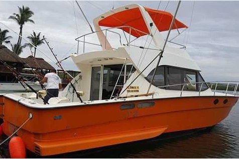 Boat rental in Port Louis,