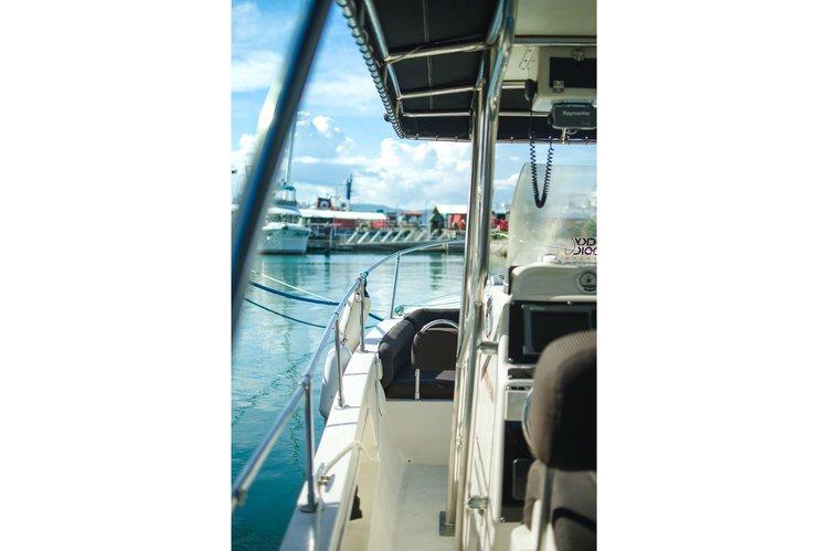 Custom's 32.0 feet in Cebu