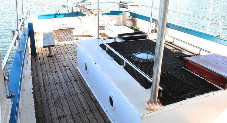 Custom's 56.0 feet in Balmain