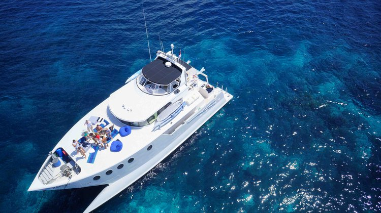 Cruise in style on this beautiful motor yacht for rent