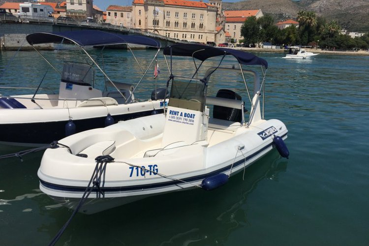 Up to 6 persons can enjoy a ride on this Inflatable outboard boat