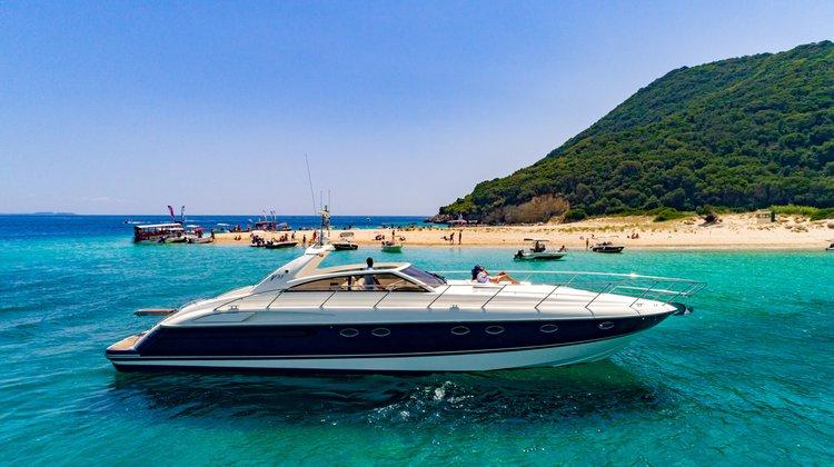 Motor yacht boat for rent in Zakynthos