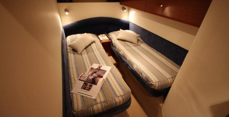 Boat for rent PRINCESS 55.77 feet in Zakynthos,