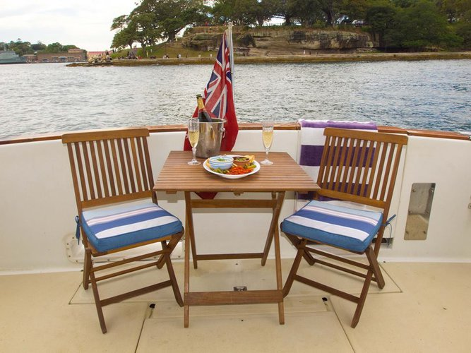 Motor yacht boat for rent in Sydney