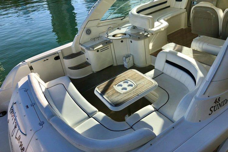 Discover Miami Beach surroundings on this Sundancer Sea Ray boat