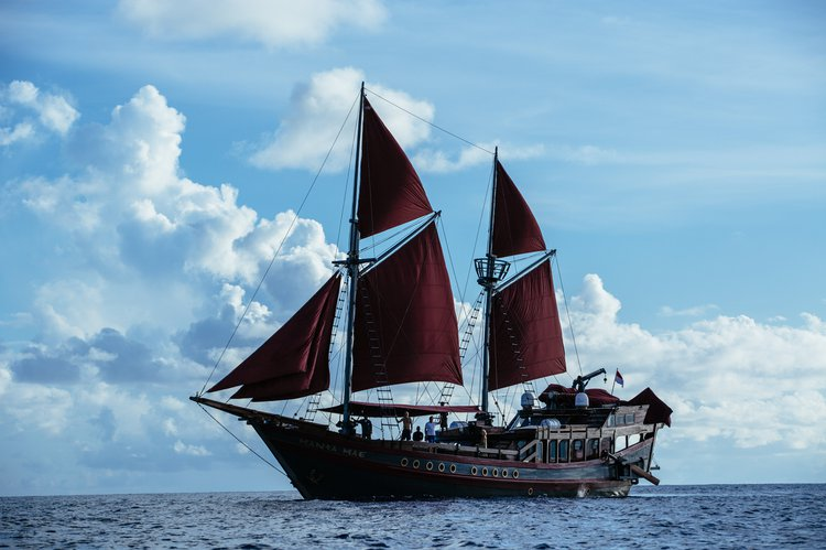 Boating is fun with a Schooner in Denpasar