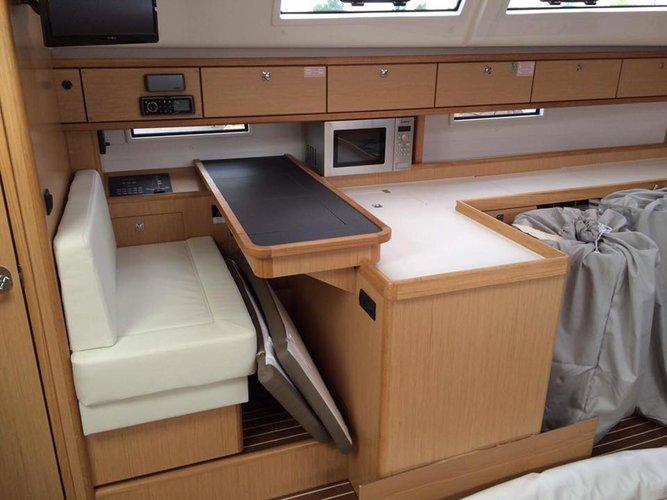 Sloop boat rental in Rockingham, Australia