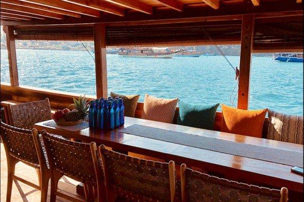 Classic boat for rent in Nusa Tenggara