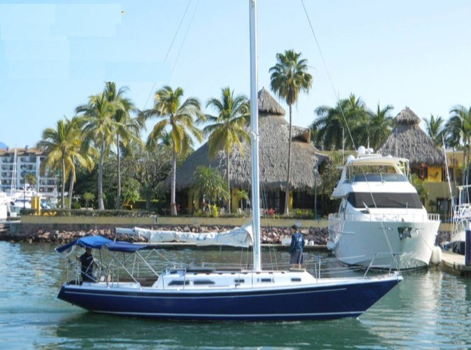 Boating is fun with a Motorsailer in Nayarit