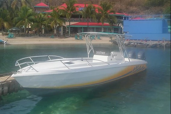 Gorgeous Bradley 30' available for rental in Virgin Gorda