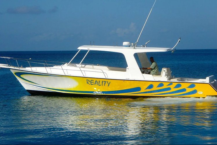 Set your dreams in motion in the BVI's aboard Bradely 39'