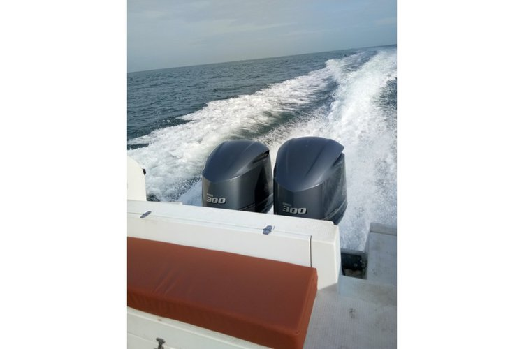 Center console boat for rent in Port Klang