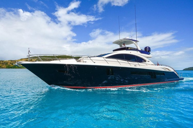 Discover Whitsundays in style boating on this motor boat rental