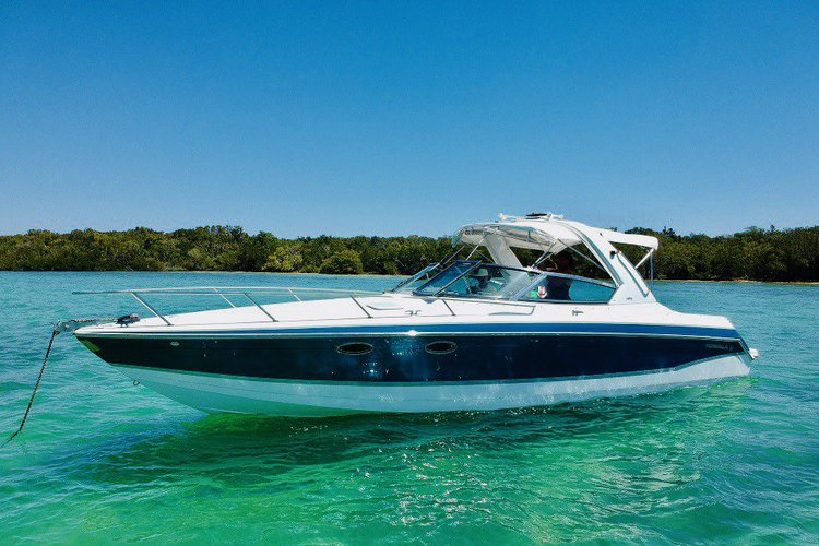 Explore Miami from the water on a 33 ft cruiser.  Pick up location flexible.