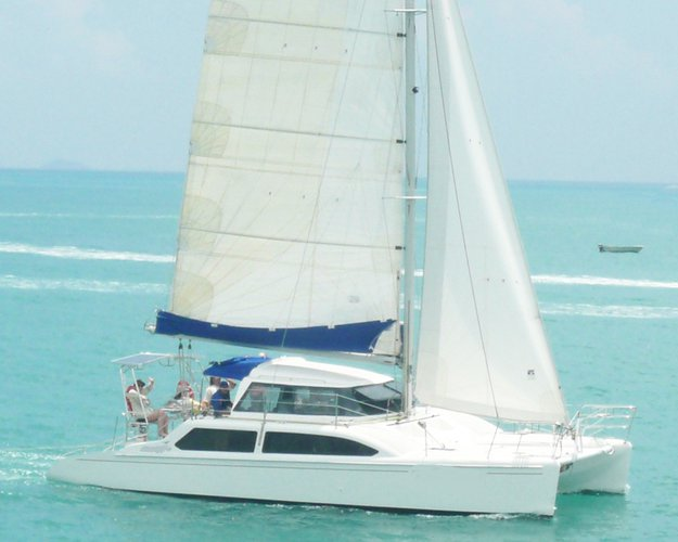 Sail the fascinating Australia on a superb sailing catamaran for charter