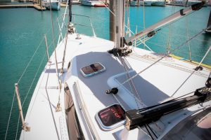 Motorsailer boat for rent in Whitsundays