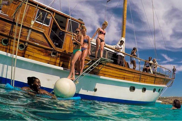 Discover Malta surroundings on this Turkish Gulet Custom Built boat