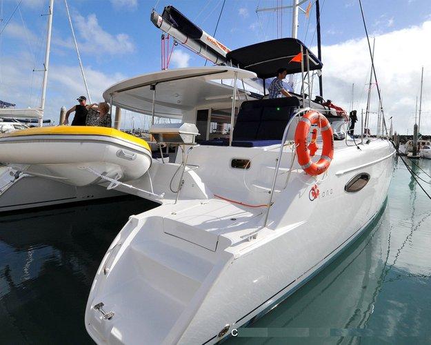 Catamaran boat rental in Abells Point Marina,