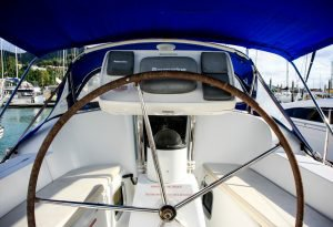 Discover Whitsundays surroundings on this Sun Odyssey 36i Jeanneau boat