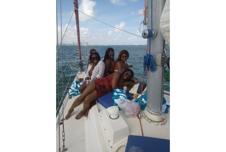 Cruiser racer boat for rent in Key Biscayne