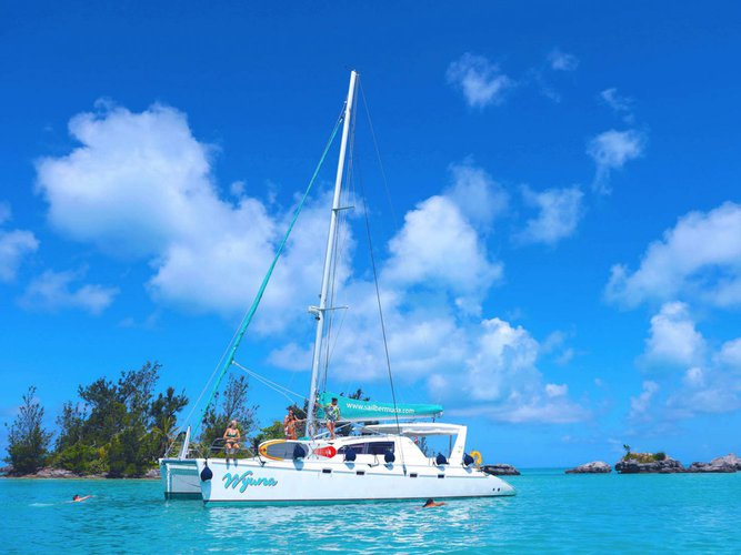 Catamaran boat rental in Hamilton, Bermuda