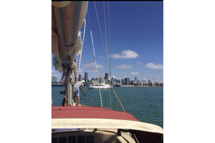 Daysailer / Weekender boat for rent in Miami