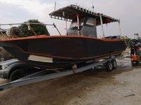 This motor boat rental is perfect to enjoy Setiawan