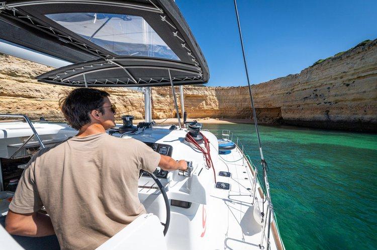 Boat for rent Lagoon 45.1 feet in Marina de lagos, Portugal