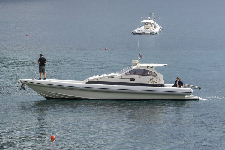 Premium speed boat Eni