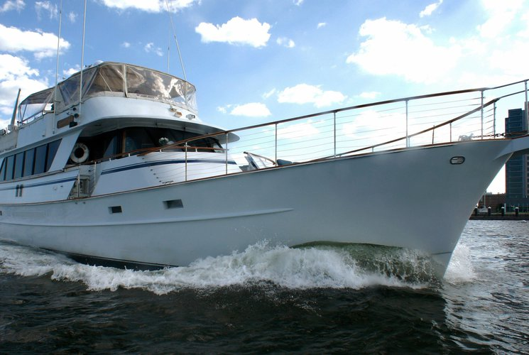 This 85.0' Roamer cand take up to 49 passengers around New York