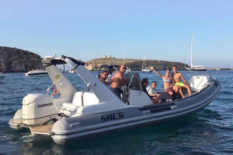Boat rental in Sliema,