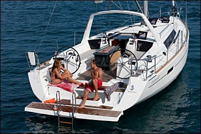 Beneteau boat for rent in Vieux Port