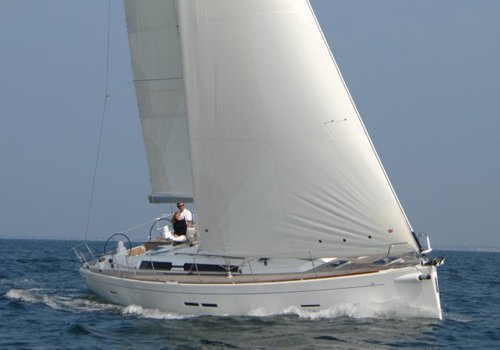 Hope aboard this adorable Dufour 455 in French Riviera