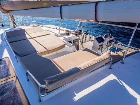 Boat for rent Fountaine Pajot 44.0 feet in Côte D'Azur, France